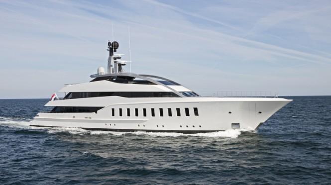 Feadship superyacht HALO underway