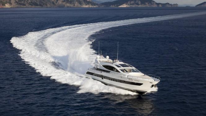 SEALOOK Yacht at full speed
