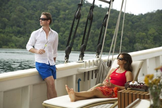 Luxury yacht charter aboard RAJA LAUT Yacht