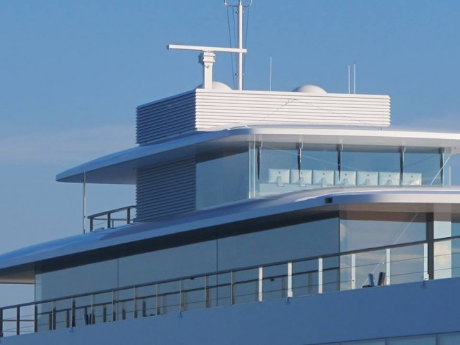 Mega Yacht VENUS - Photo by Guillaume & Amandine Conti and Feadship Fanclub