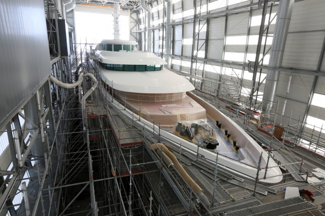 Superyacht LADY CHRISTINE undergoing full paint work at Monaco Marine La Ciotat