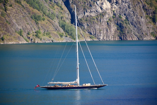 42m J Class Yacht TOPAZ (J8) by Holland Jachtbouw