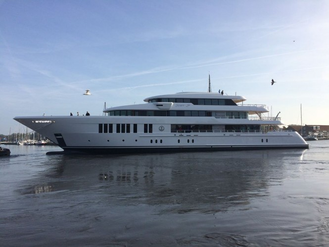 61m superyacht Just Js on the water - Image credit to Hakvoort Shipyard