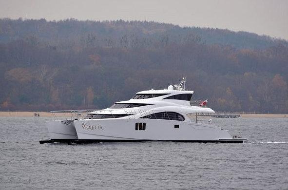 Luxury motor yacht VIOLETTA by Sunreef