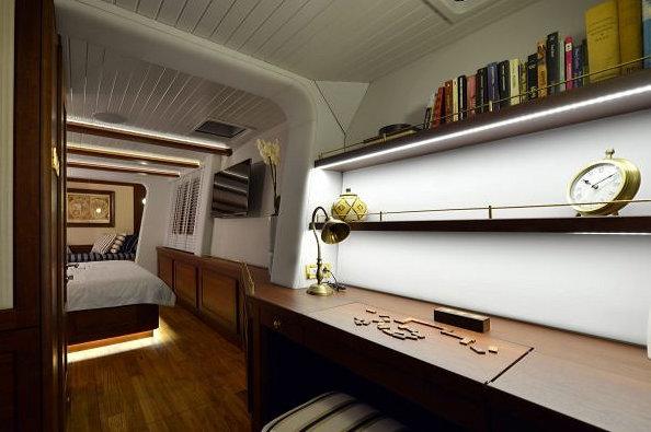 Luxury yacht Lucy Z Custom-finished Interior