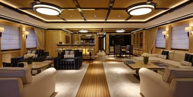 Super Yacht ROCK.IT - Bridge Deck Lounge - Photo by Feadship Fanclub