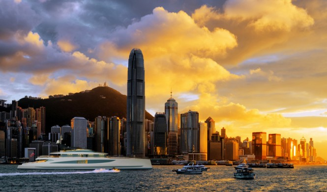 DART80 raised pilothouse by Royal Huisman and Andrew Winch in Hong Kong by WesterinkOwen