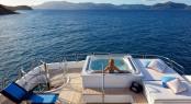 Luxury Charter Yacht VICTORIA DEL MAR - Photo by David Churchill