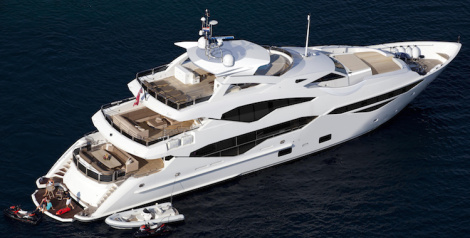Sunseeker 131 from above