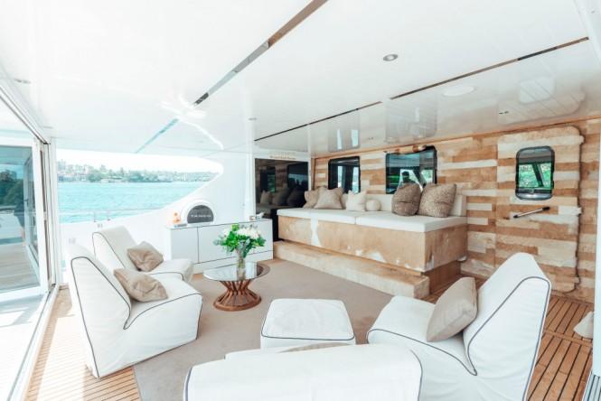 TANGO Yacht - Bridge deck lounge