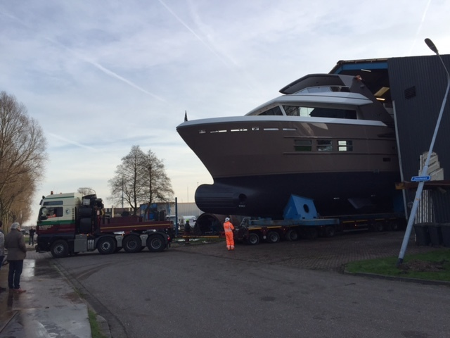 24m Drettmann Explorer Yacht being rolled out