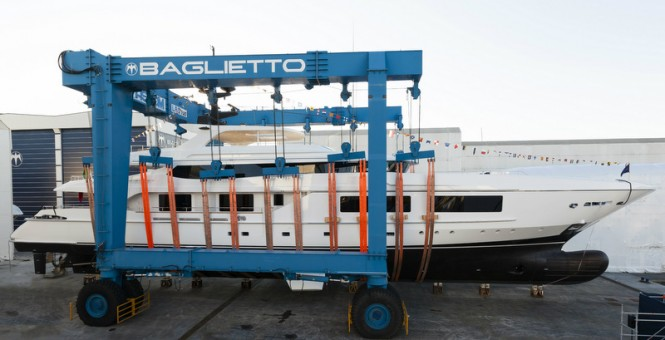 Baglietto 54m - side view