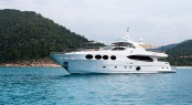 Majesty 105 by Gulf Craft