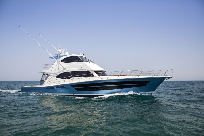 77 Enclosed Flybridge - The flagship of the Riviera fleet