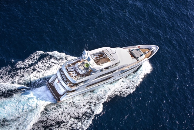 King Baby from above - aft view