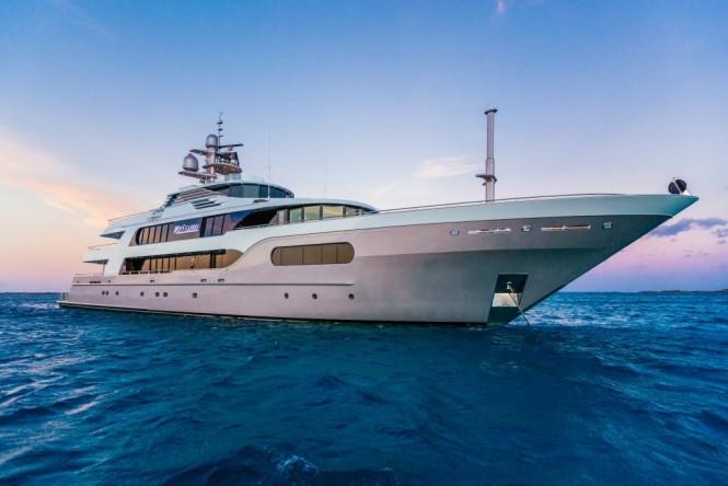 Luxury superyacht MY SEANNA