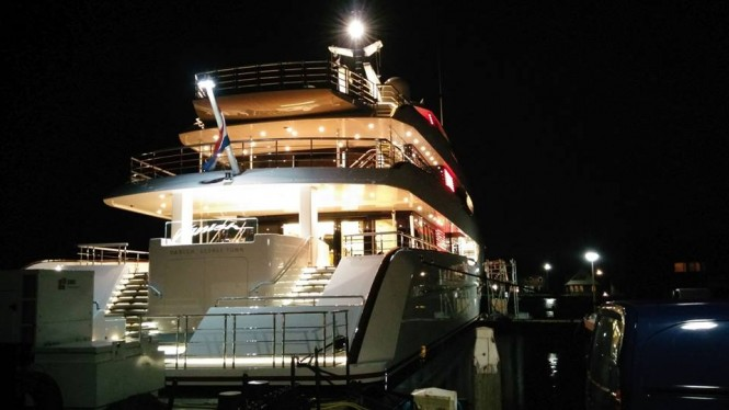 Vanish by night - Photo by Gerrit & Bianca Bouma and Feadship Fanclub