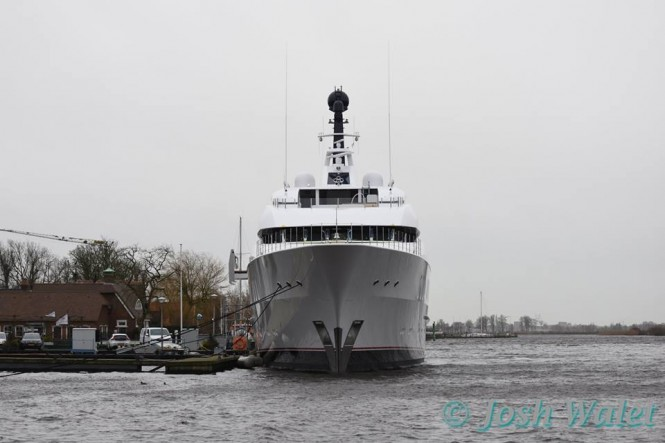 Vanish - front view - Photo by Josh Walet and Feadship Fanclub