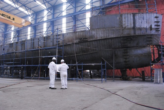 CUTLASS under construction at Tansu Yachts