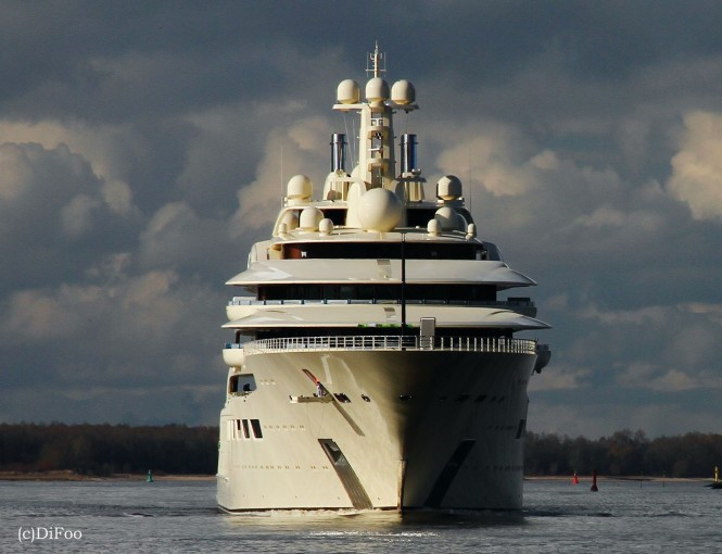 Mega yacht DILBAR - Photo by DiFooll
