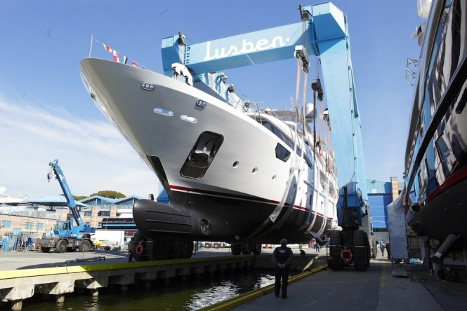 BENETTI Crystal 140 EQUUS at launch