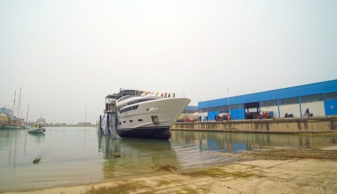 Dreamline 26 being launched