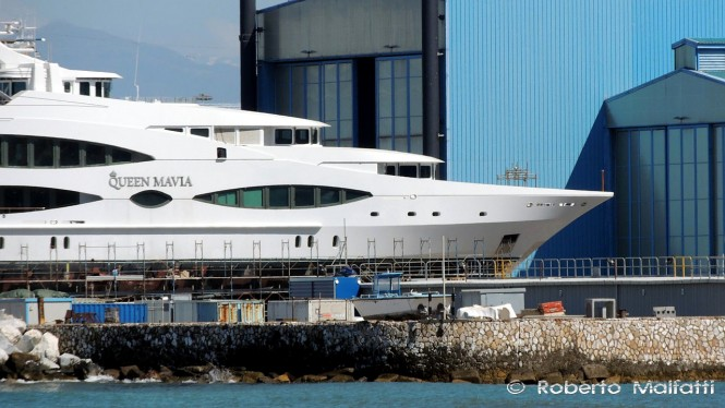 Queen Mavia superyacht - Photo by Roberto Marlfatti