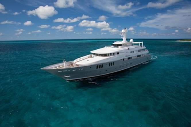Luxury charter yacht DREAM - 60M