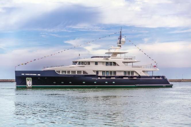 CODECASA 43 Full Beam – Serie Vintage - Hull F76.