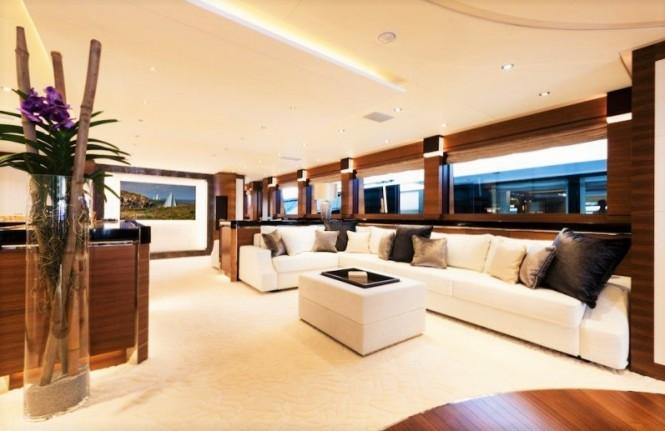 Luxury yacht SILVER WIND - Saloon