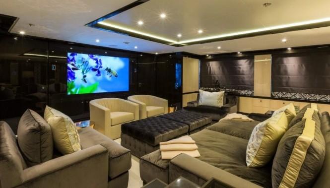 Luxury yacht ELIXIR - Skylounge