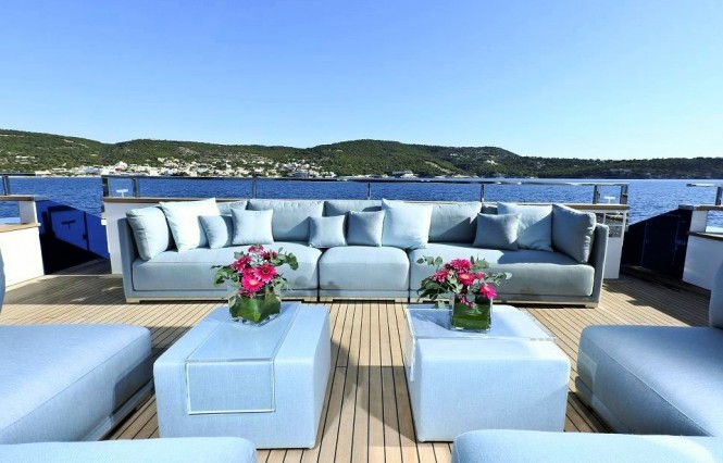 Superyacht IPANEMAS - main deck aft lounging area.