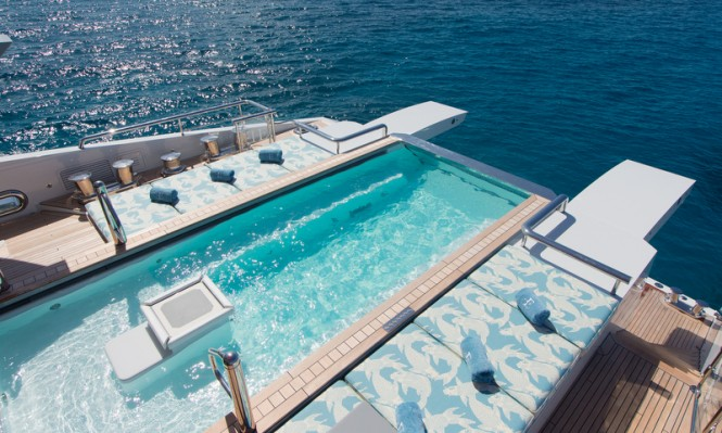 Yacht ESTER III - Swimming Pool - Photo by Guillaume Plisson