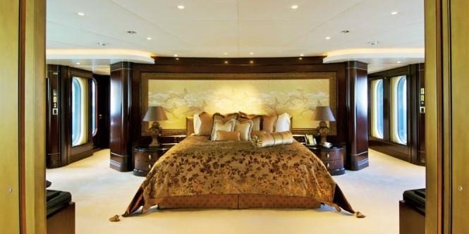 Superyacht KISMET - Master suite
