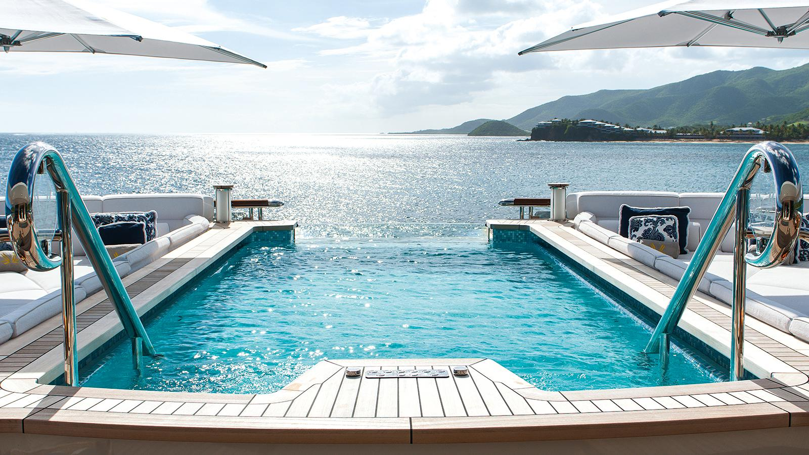 Superyacht quattroelle aft deck pool yacht charter for Pool photos