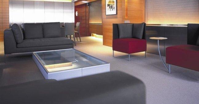 the-main-salon-of-luxury-yacht-phoenix