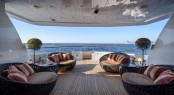 Superyacht OCEAN GLASS - Sun loungers