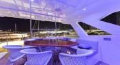 Luxury yacht MAJESTY 110 - Fly-bridge