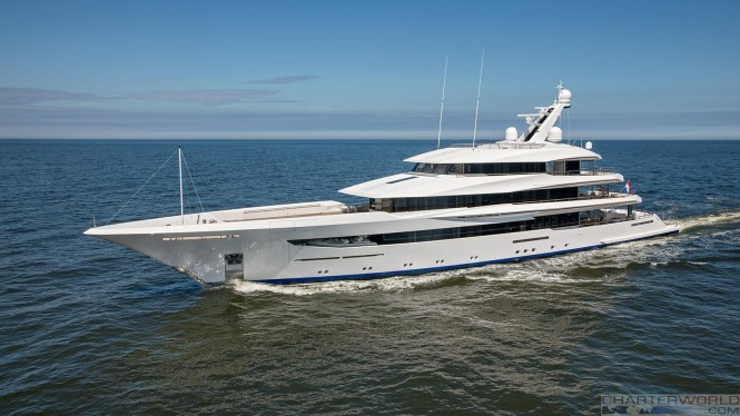 Superyacht Joy underway