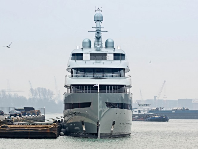 M/Y Savannah. Photo by Frans Berkelaar