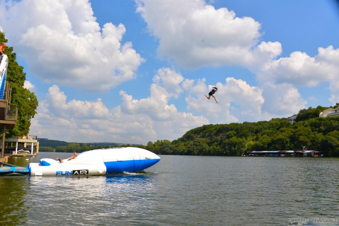 funair-bigair-yacht-blob