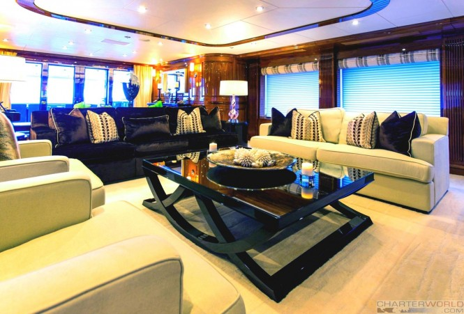 Motor yacht REMEMBER WHEN - Main saloon