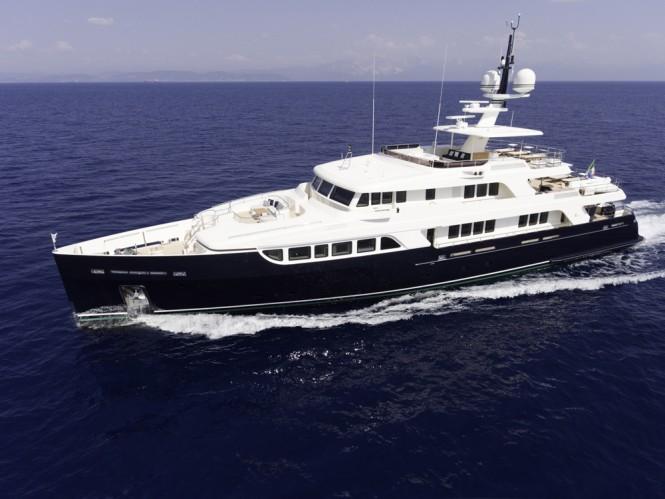 Superyacht F76. Exterior