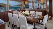 OA 100' Flybridge. Dining area