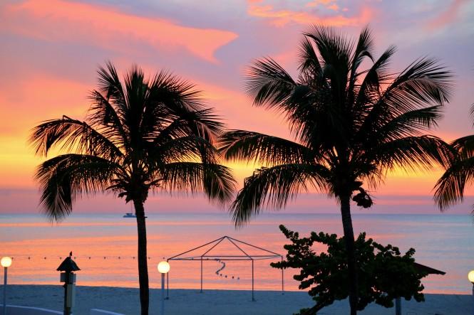 Hollie Beach Sunset. PC Lee Armstrong-Jones