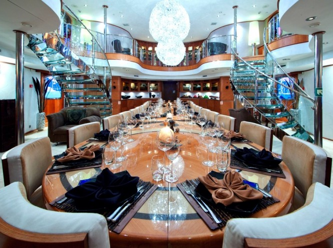 Discovery yacht SHERAKHAN - Dining area