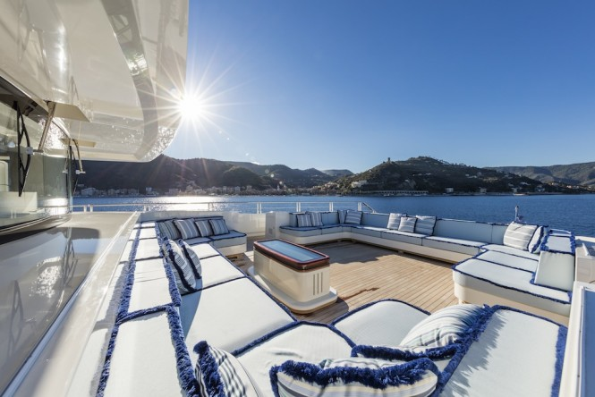 Mondomarine Ipanema. Sun area and lounge