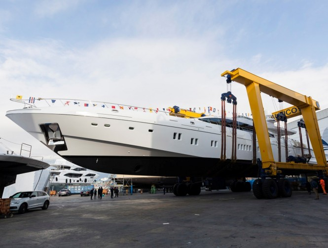 Mangusta 165 Hull 11 launched