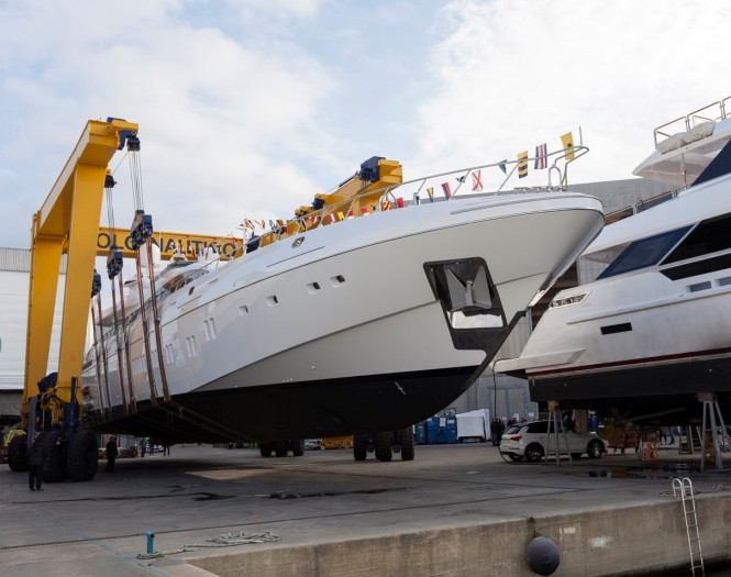 Mangusta 165 E launched