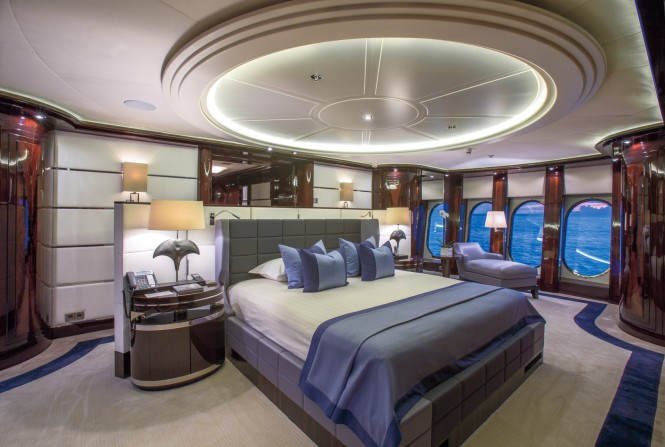 Dream. Master stateroom